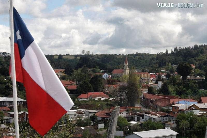 Chile en auto, Puerto Octay, Frutillar, mirador, bandera