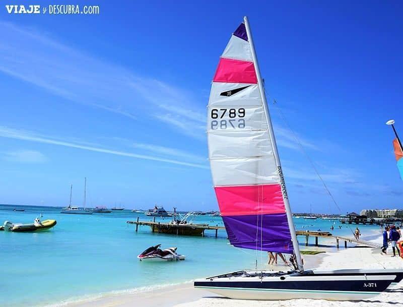 DEPORTES-ACUÁTICOS,-PLAYA,-PALM-BEACH,-ARUBA,-CARIBE,-que-ver-en-Aruba,-imperdibles