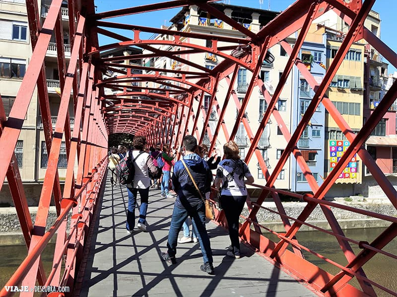 Girona-y-Figueres-en-el-dia,-Barcelona,-Girona,-ciudad-medieval,-tour-de-un-dia,-puente-Eiffel-por-dentro