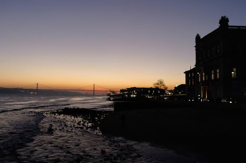 Lisboa, Portugal, imperdibles, La Baixa, Plaza del Comercio, Puente, Costanera, Atardecer