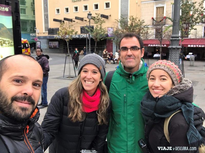 Madrid,-Free-Walking-Tour,-tour-gratuito,-tour-a-pie,-imperdibles-Madrid,-Ogotours,-guias