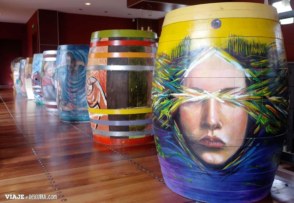 Museo de la Vid y el Vino, Cafayate, Salta, barricas intervenidas, arte, diseño