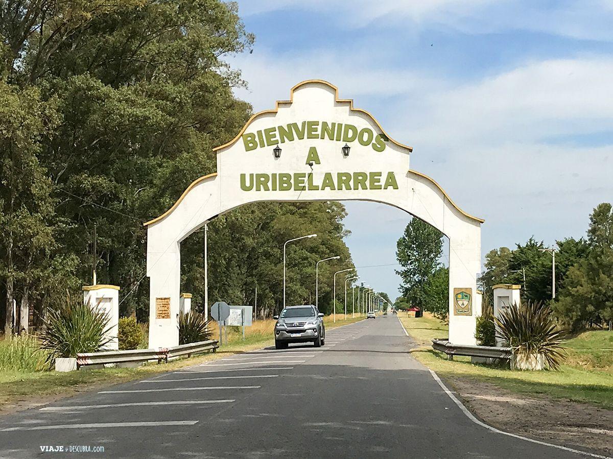 Uribelarrea,-entrada-al-pueblo,-buenos-aires,-ruta-205