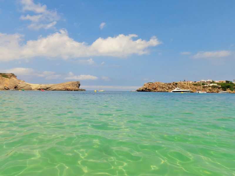 arenal d' en castell, calas alucinantes, playas alucinantes, menorca, que ver en menorca, españa, islas baleares