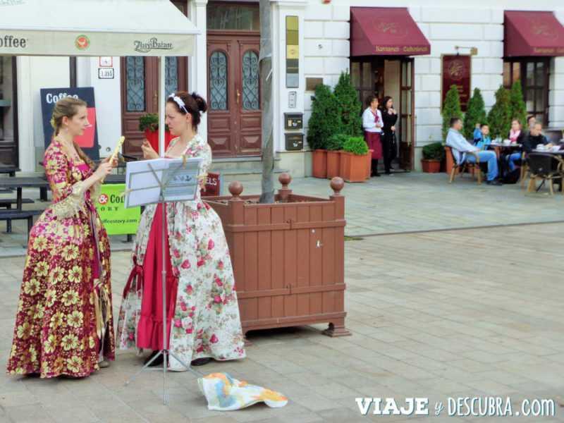 Bratislava, Eslovaquia, imperdibles Bratislava, imperdibles, que ver en Bratislava, 1 día en Bratislava, Europa, mochileros en Europa, mujer viajando sola