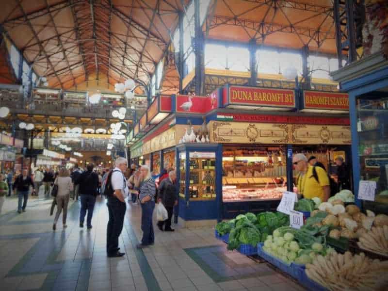 Mercado Central, Central Market Hall, Budapest , Pest, imperdibles Budapest, que ver en Budapest, tres días en Budapest, Europa, mochileros, mochileros por Europa