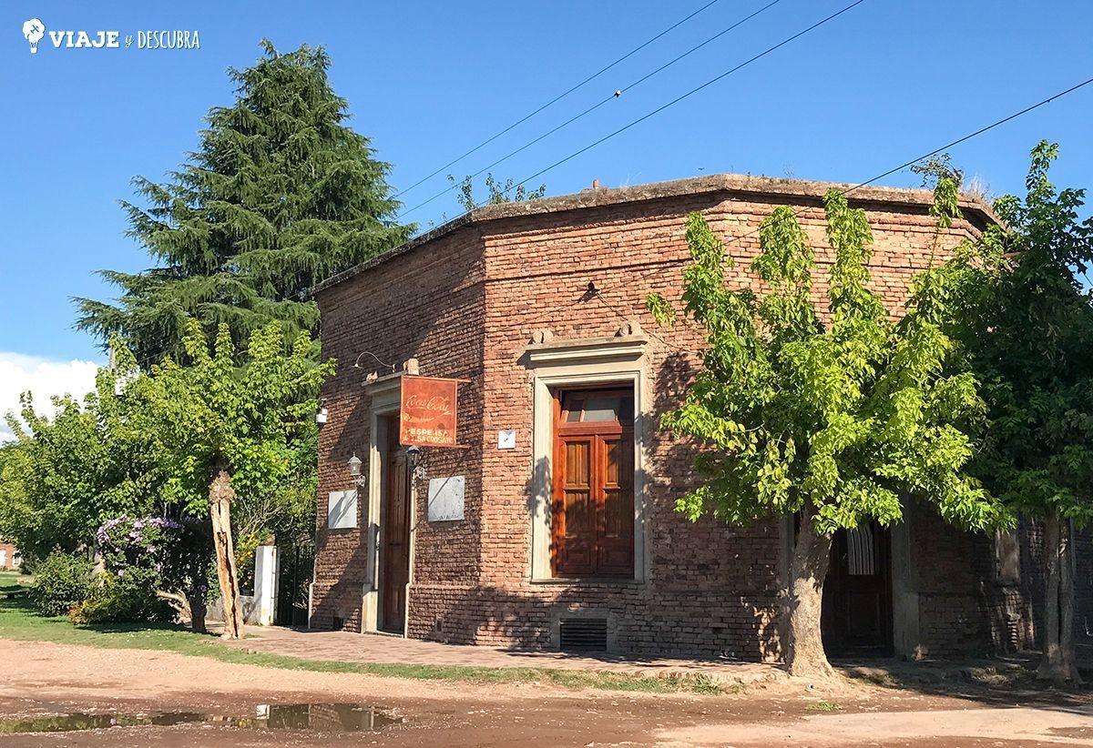 Despensa típica de pueblo en Villa Ruiz