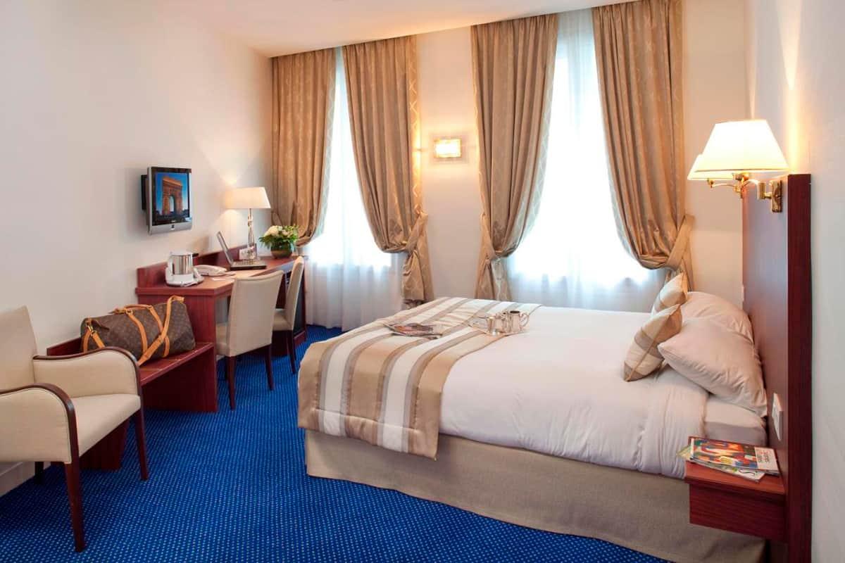 donde-dormir-en-paris,-francia,-alojamiento,-hotel,-ataltic-paris