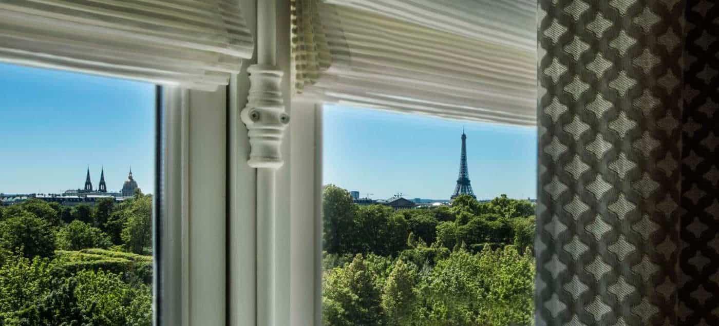 donde-dormir-en-paris,-francia,-alojamiento,-hotel,-torre-eiffel,-brighton,-ventana-portada