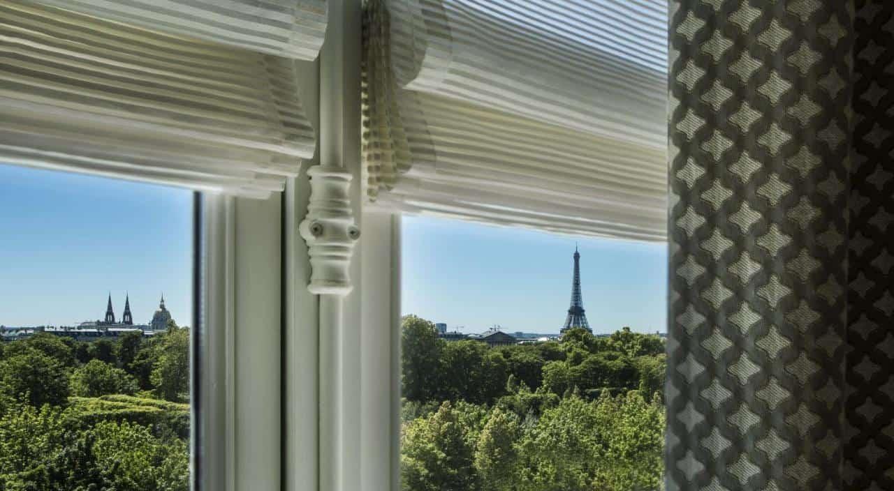 donde dormir en paris, francia, alojamiento, hotel, torre eiffel, brighton, ventana