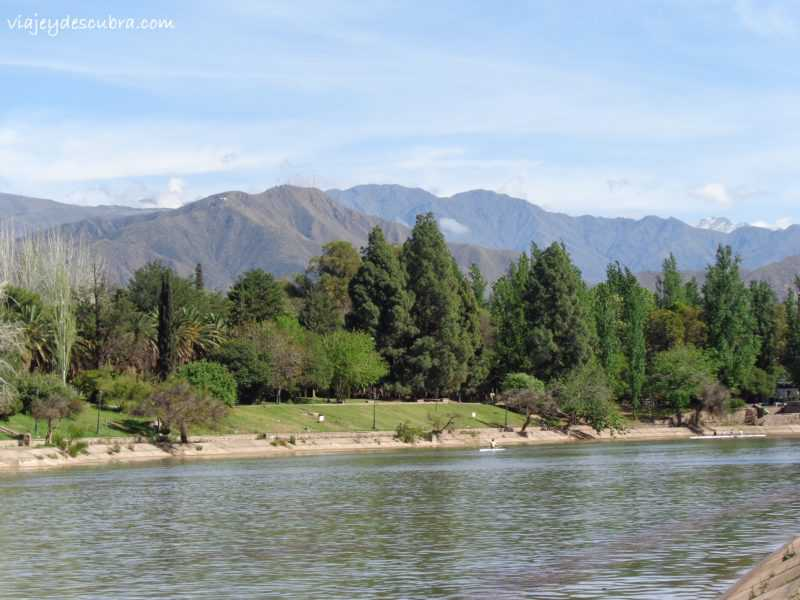 mendoza argentina parque general san martín montañas cordillera de los andes