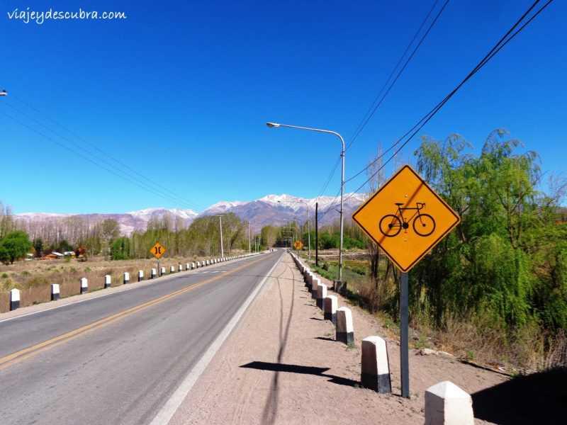 Uspallata. Ruta 7. Cordillera de los Andes. Mendoza. Argentina. Alta Montaña.