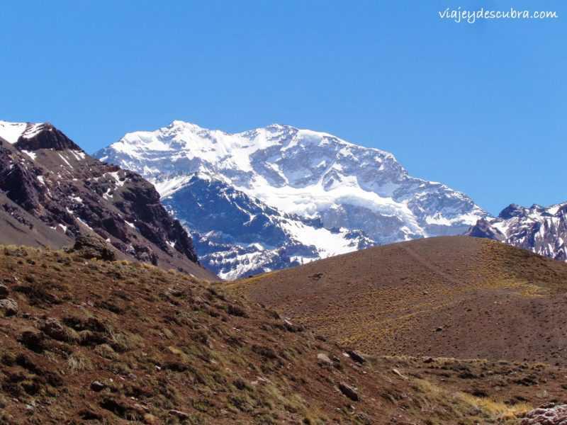 Cerro. Aconcagua. Alpinistas. Ruta 7. Cordillera de los Andes. Mendoza. Argentina. Alta Montaña.