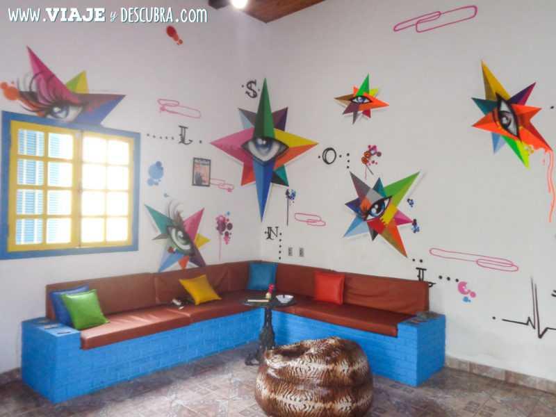buzios, art beach hostel, geribá, hostel, mochileros, viajeros, alojamiento, arte, graffiti,