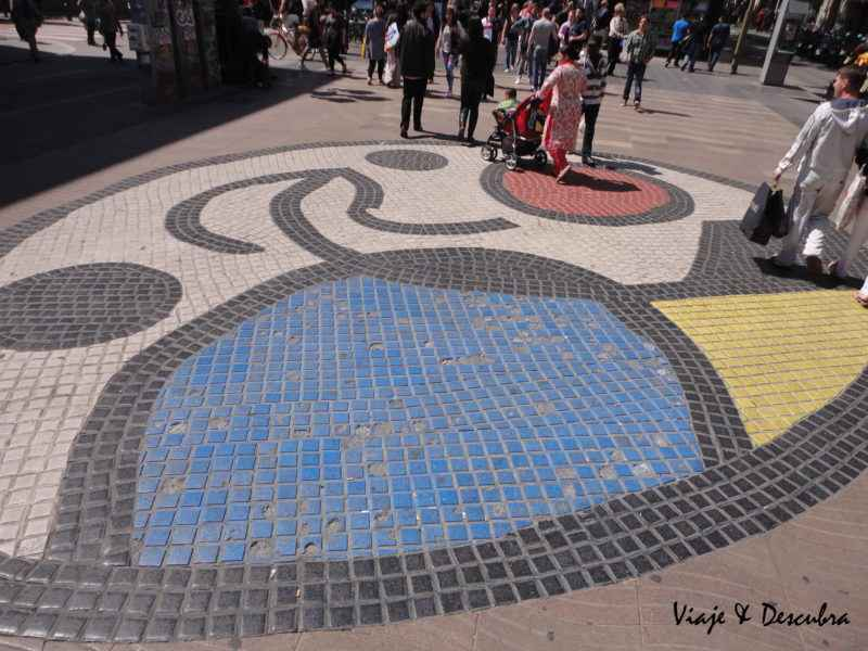 Obra de Miró - La Rambla - barcelona - españa - imperdibles