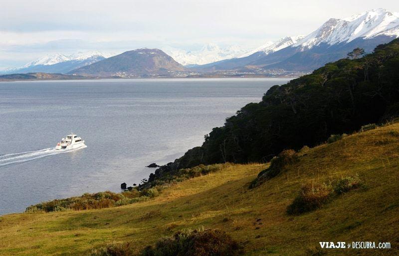estancia-tunel,-trekking,-senderismo,-caminata,-Ushuaia,-tierra-del-fuego,-fin-del-mundo,-canal-beagle