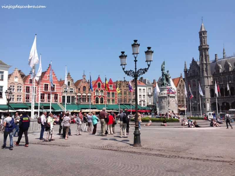 markt - plaza mayor - brujas - brugge - belgica - europa - eurotrip - mochilero a europa