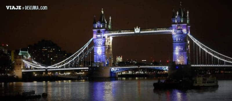 londres, london, inglaterra, UK, reino unido, europa, europa con mochila, imperdibles londres, london bridge noche, puente de londres