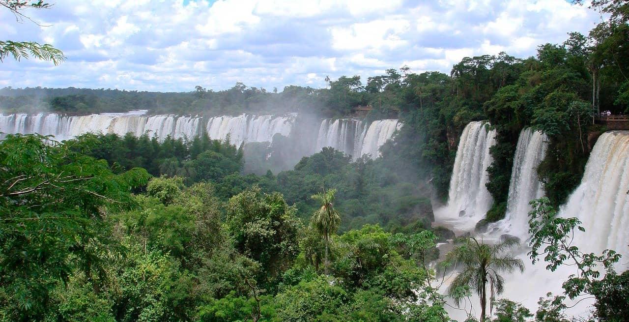 Misiones habilitaría el turismo interno