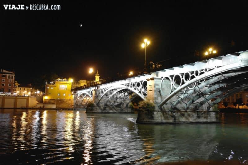 el hermoso Puente de Triana