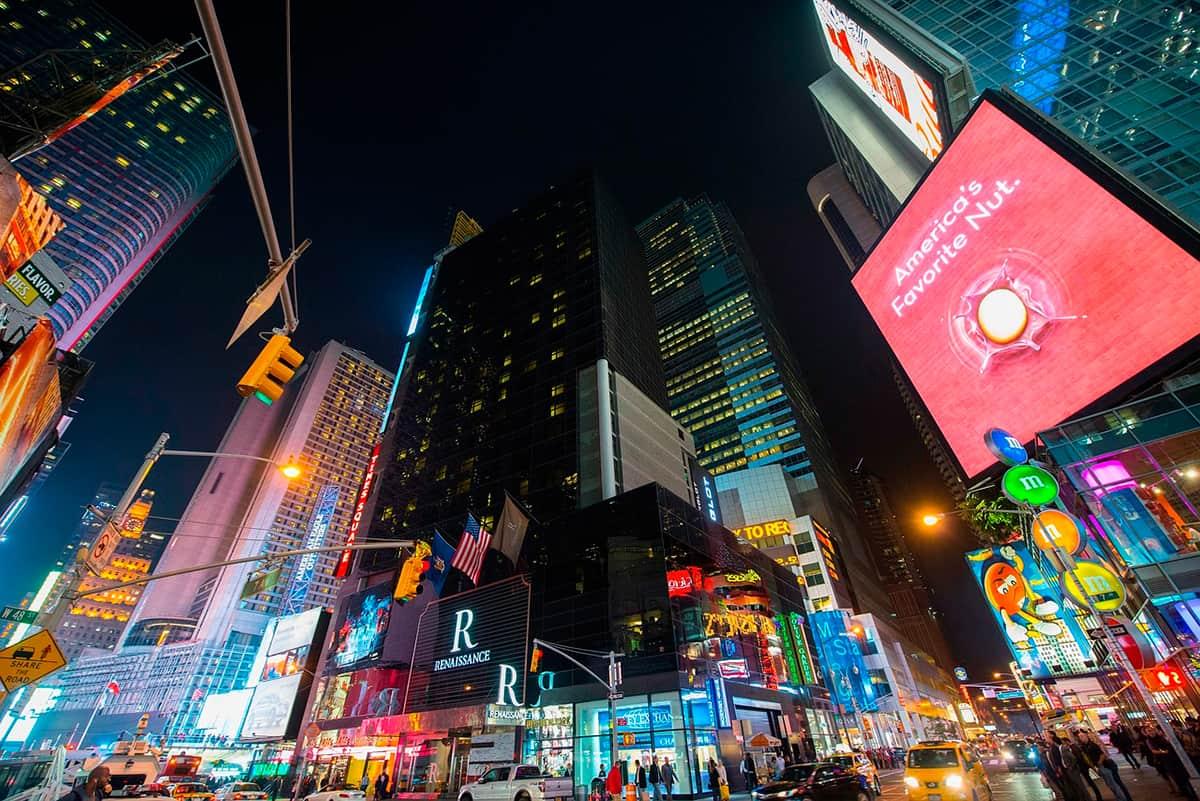 que-hacer-en-Nueva-York,-imperdibles,-estados-unidos,-new-york-manhattan-5ta-avenida
