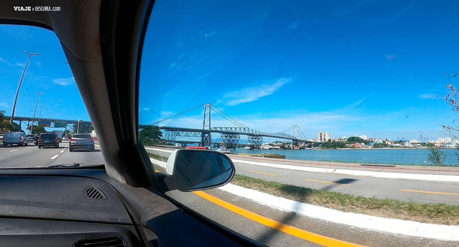 que-hacer-en-florianopolis,-puente-hercilio-luz,-en-auto-a-brasil