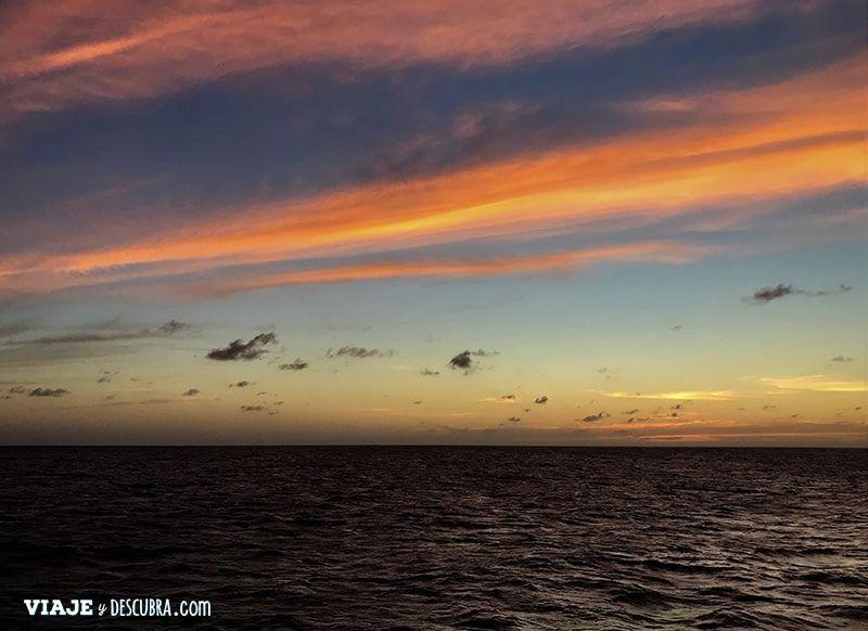 que-ver-en-Aruba,-imperdibles,-sunset,-atardecer,-barco,-crucero,-velero,-ARUBA,-CARIBE