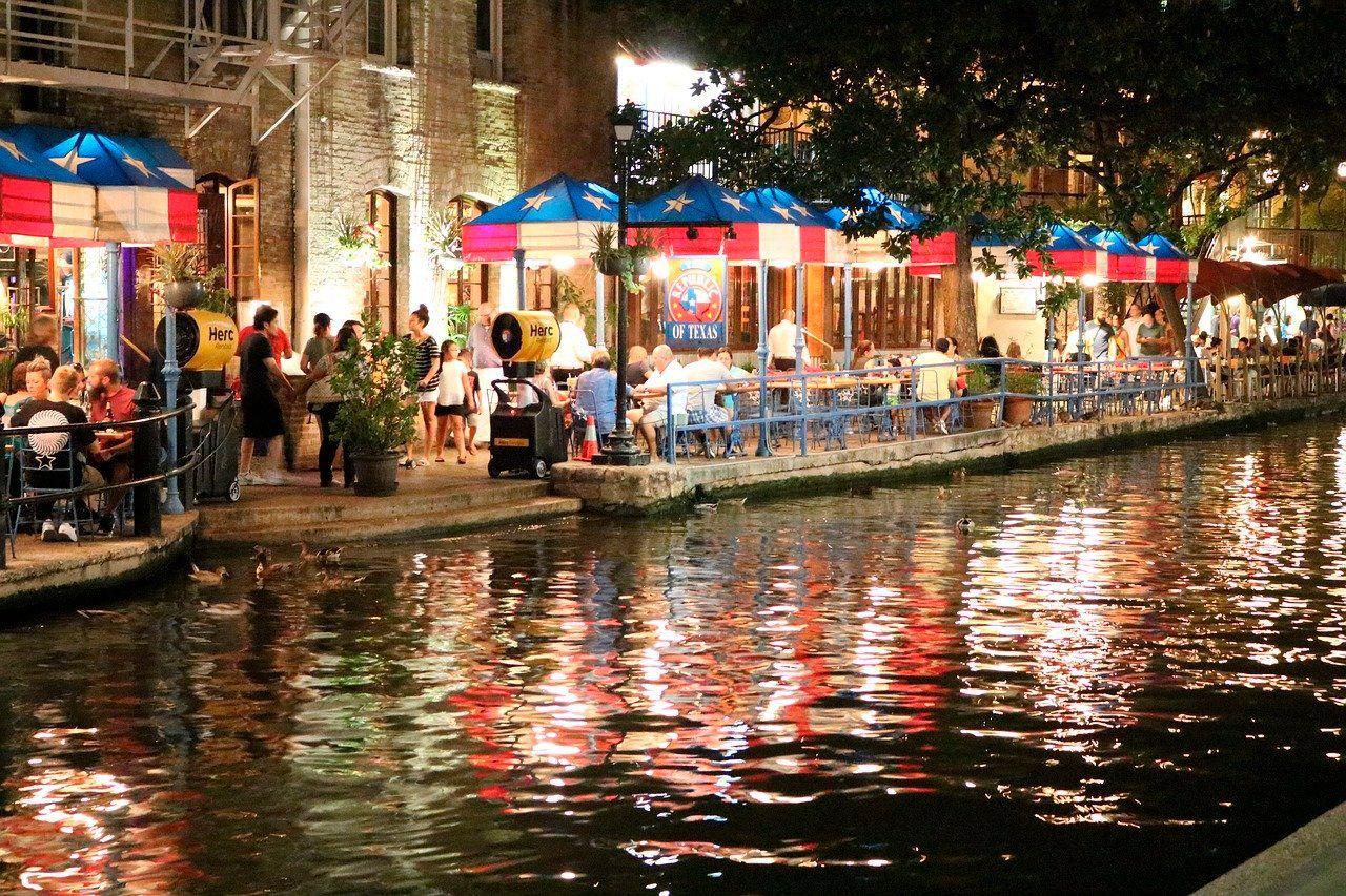 River walk, restaurantes, san antonio, texas, estados unidos