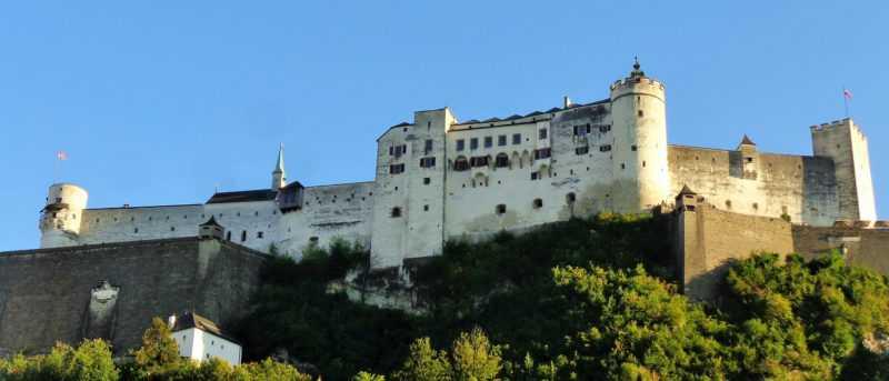 hohensalzburg, castillo, salzburgo, imperdibles salzburgo, que ver en salzburgo, salzburg, austria, visit salzburg, europa, europa con mochila, mochileros, mochileros por europa, mirador, monchsberg
