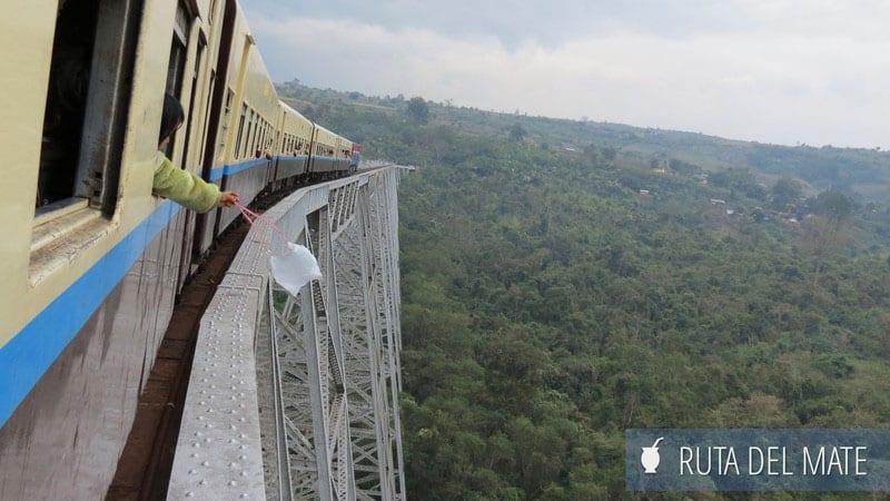 viajar-en-tren-por-asia-viaducto-gokteik-myanmar