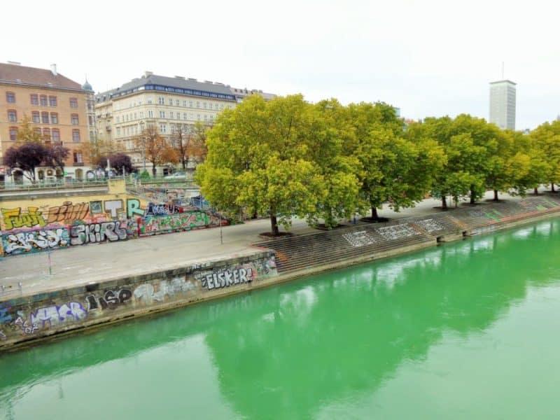 Viena, callecitas, puentes, Austria, imperdibles, imperdibles Viena, que ver en Viena, 3 días en Viena, visit Viena, Europa, mochileros en Europa, mujer viajando sola