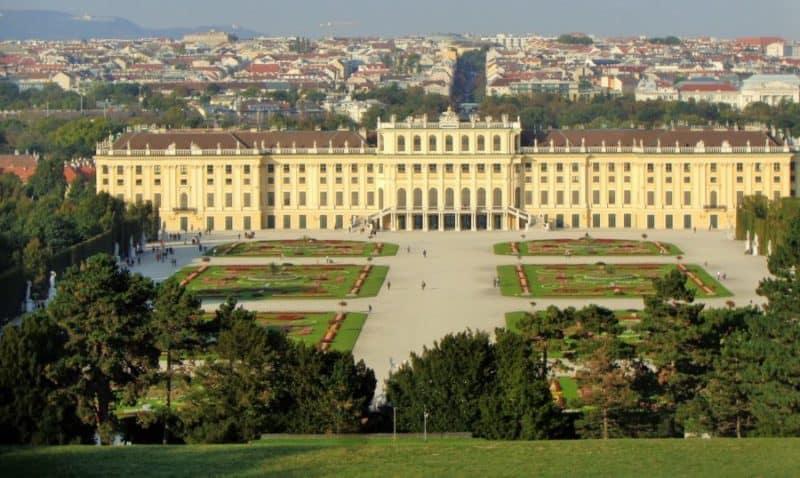 Viena, Palacio Schonbrunn, Schonbrunn, palace, Austria, imperdibles, imperdibles Viena, que ver en Viena, 3 días en Viena, visit Viena, Europa, mochileros en Europa, mujer viajando sola
