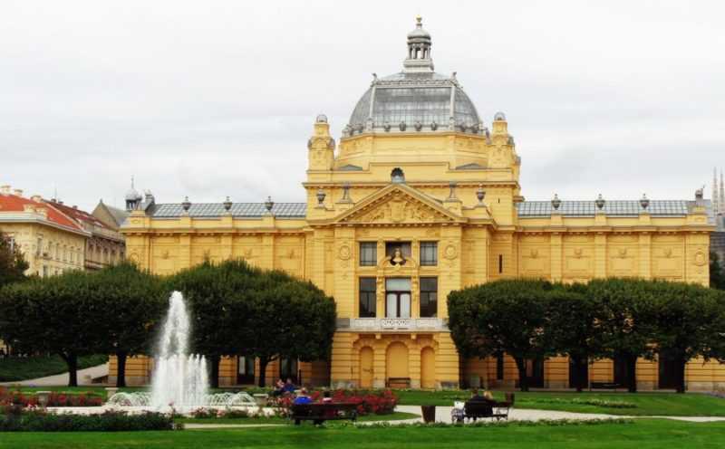 Zagreb, Art Pavilion, que ver en Zagreb, Zagreb en dos días, Croacia, Europa, mochileros en europa